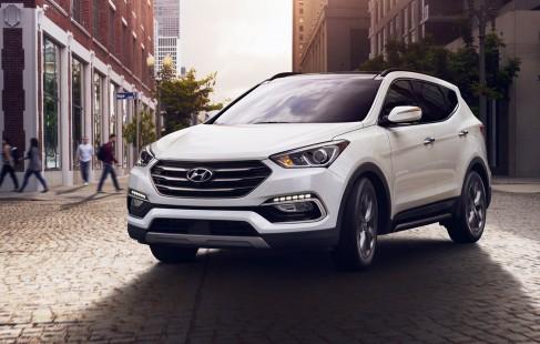 2017-Hyundai-Santa-Fe-Sport-front-three-quarter-in-motion-03